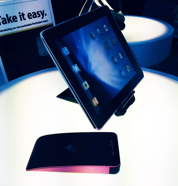 Rain Design's iSlider, a Foldable iPad Stand that Fits in Your Pocket