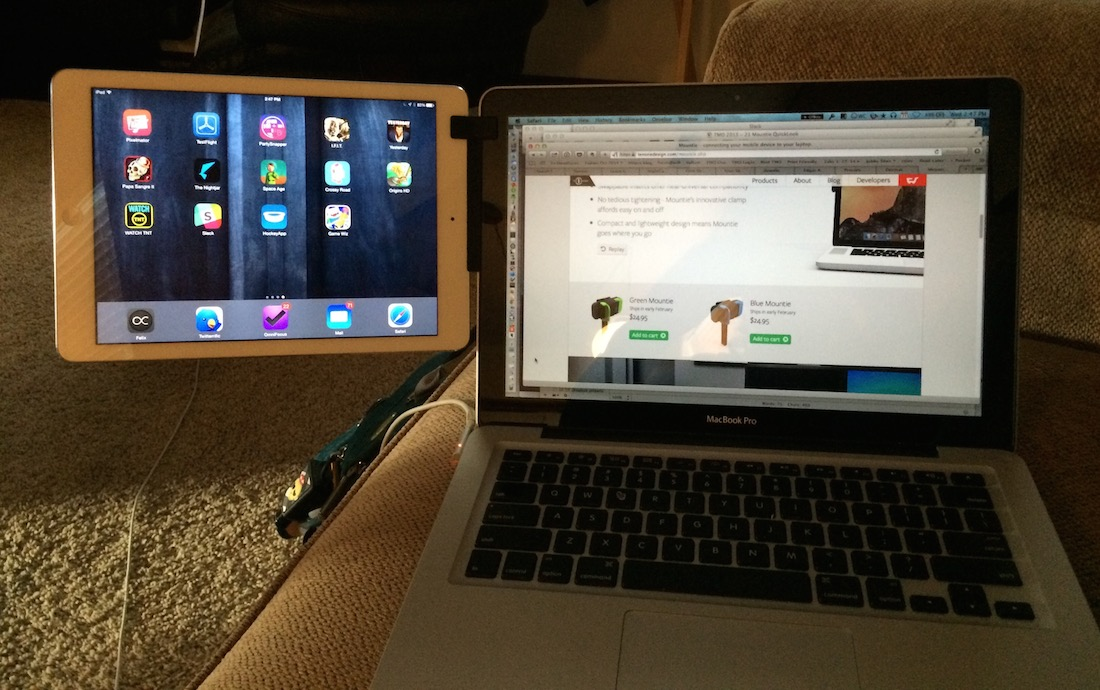 Using the Mountie with a 13-inch MacBook Pro and iPad Air.