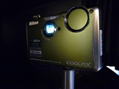 Nikon COOLPIX with Projector