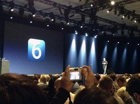 Tim Cook Back Onstage