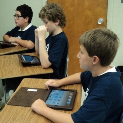 Princeton Academy of the Sacred Heart Students Use iPad 2sPrinceton Academy of the Sacred Heart Students Use iPad 2s