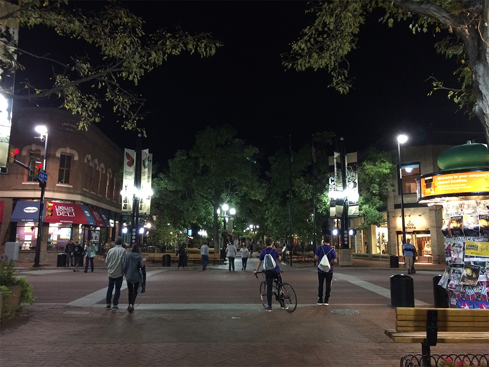 iPhone 5s night shots look great, but not as good as the iPhone 6