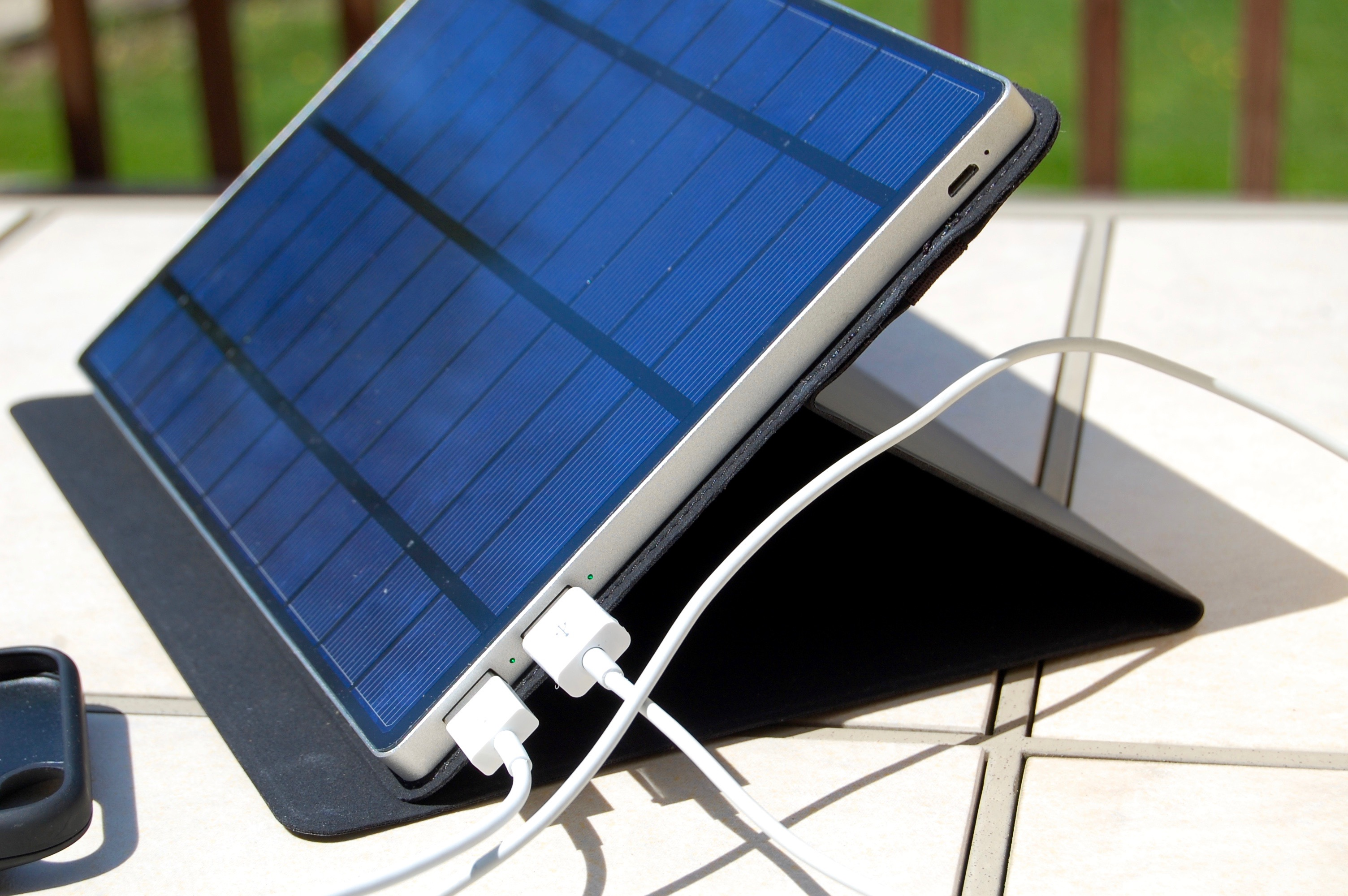 SolarTab Portable Solar Panel is a Bright Spot in Outdoor ...