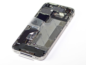 iFixit strips down the iPhone 4S