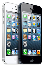 Apple promo shot: White and black iPhone 5