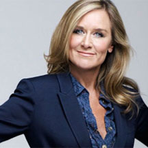 Angela Ahrendts starts at Apple