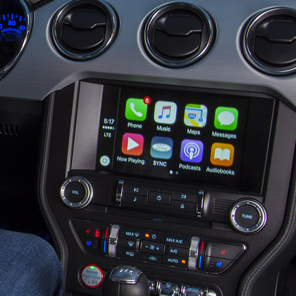 apple carplay coming to all 2016 and 2017 ford vehicles equipped wi. Black Bedroom Furniture Sets. Home Design Ideas