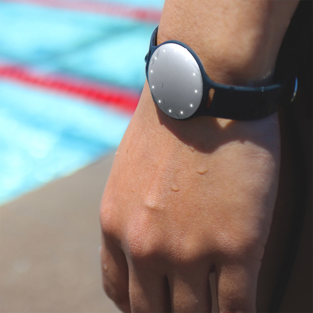Misfit Offers Swimmers their own Fitness Tracker