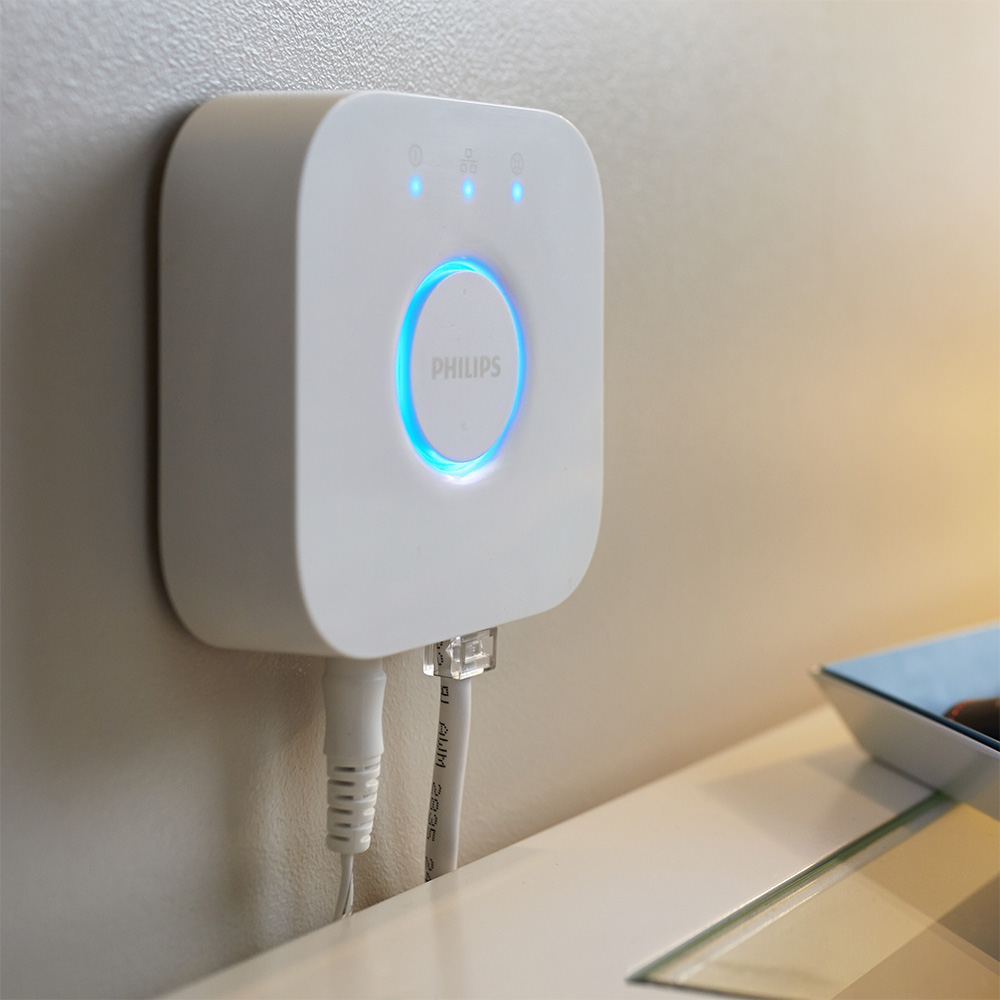 The new HomeKit-ready Philips Hue Bridge