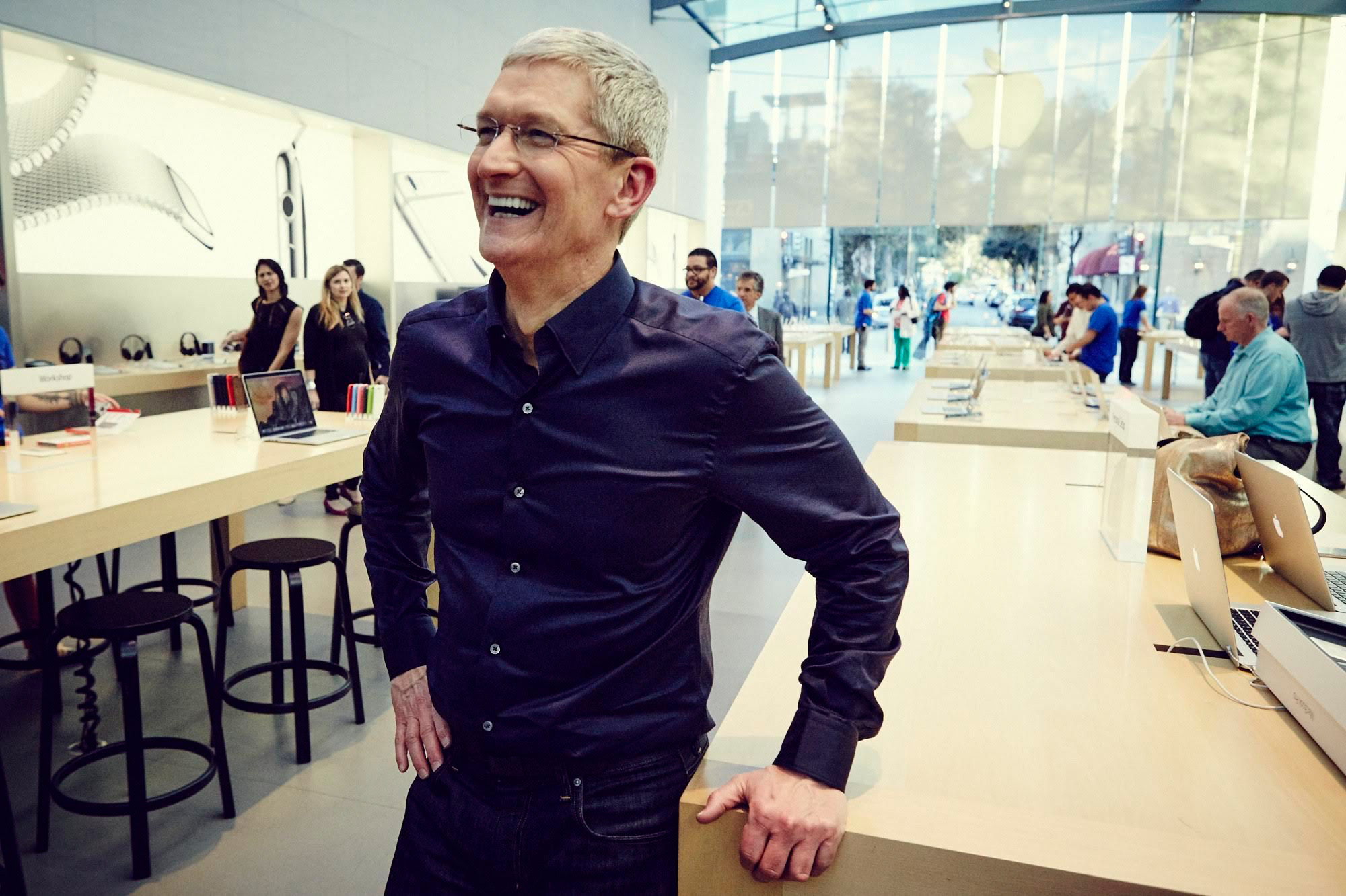 Tim Cook Charity Auction for Lunch and Keynote VIP Tickets