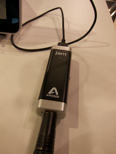 Apogee JAM guitar and bass interface connected to an iPad