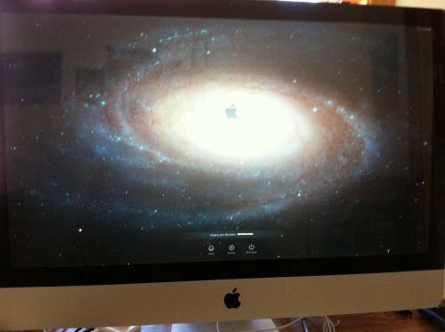 iMac with M81