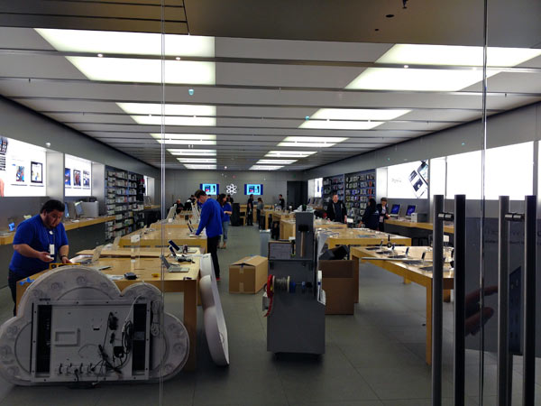 New iPad Launch Line & Prep