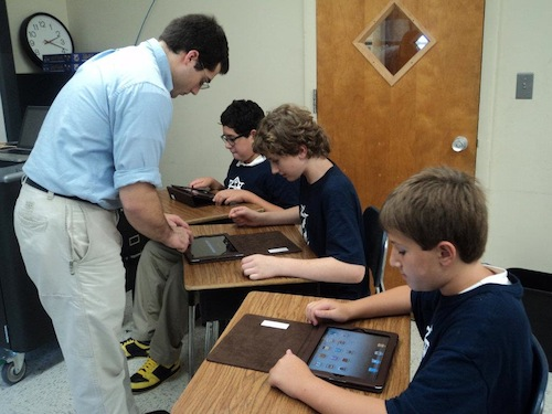 Princeton Academy of the Sacred Heart Students Use iPad 2s