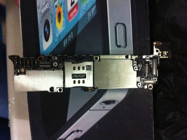 iPhone 5 Logic Board Front
