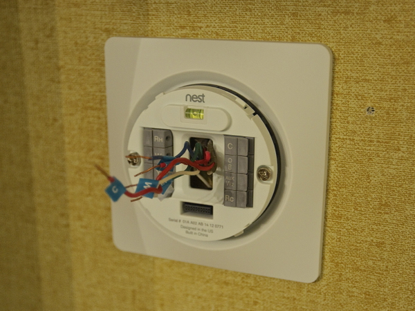 Nest Learning Thermostat Attach to Wall