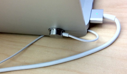 Why the MacBook Pro (Retina) Doesn\'t Have a Security Slot – The ...