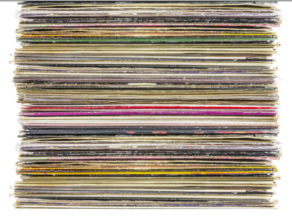 An iPod Classic Visualized as a Vinyl LP Collection