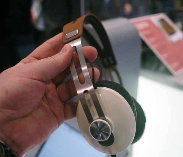 Sennheiser Unveils Momentum Over-the-Ear Headphones for $349.95