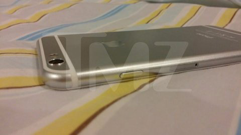 TMZ's photo showing the raised camera bezel