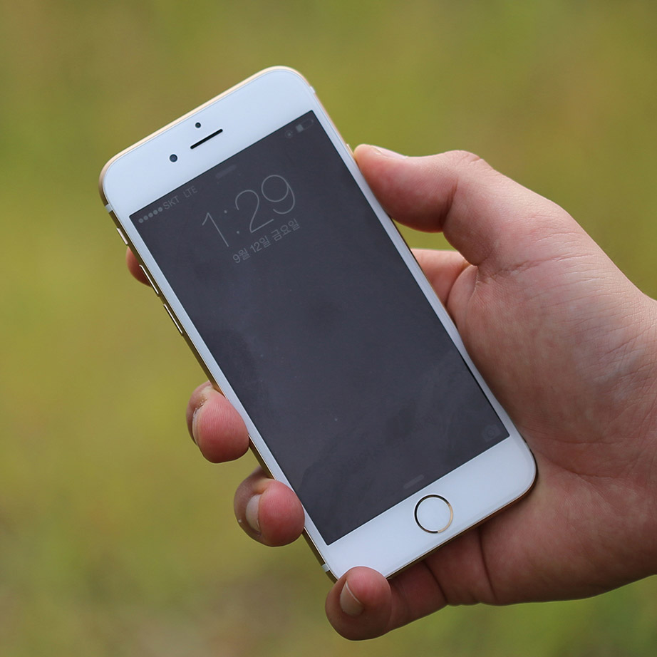 Hands On iPhone 6 Video Hits YouTube Ahead of Official Release