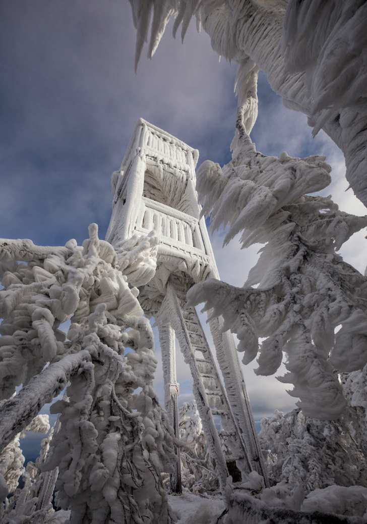 Freezing Rain Encases Slovenian Mountain in Ice [PHOTOS]