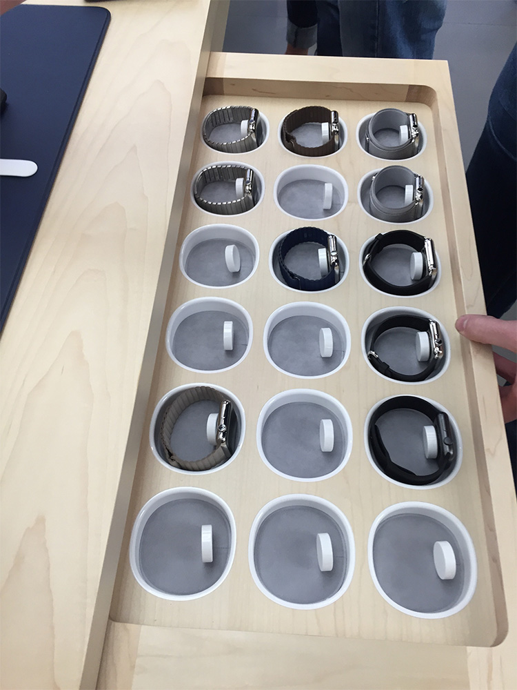 Each draw is loaded with several Apple Watch and Apple Watch Sport configurations