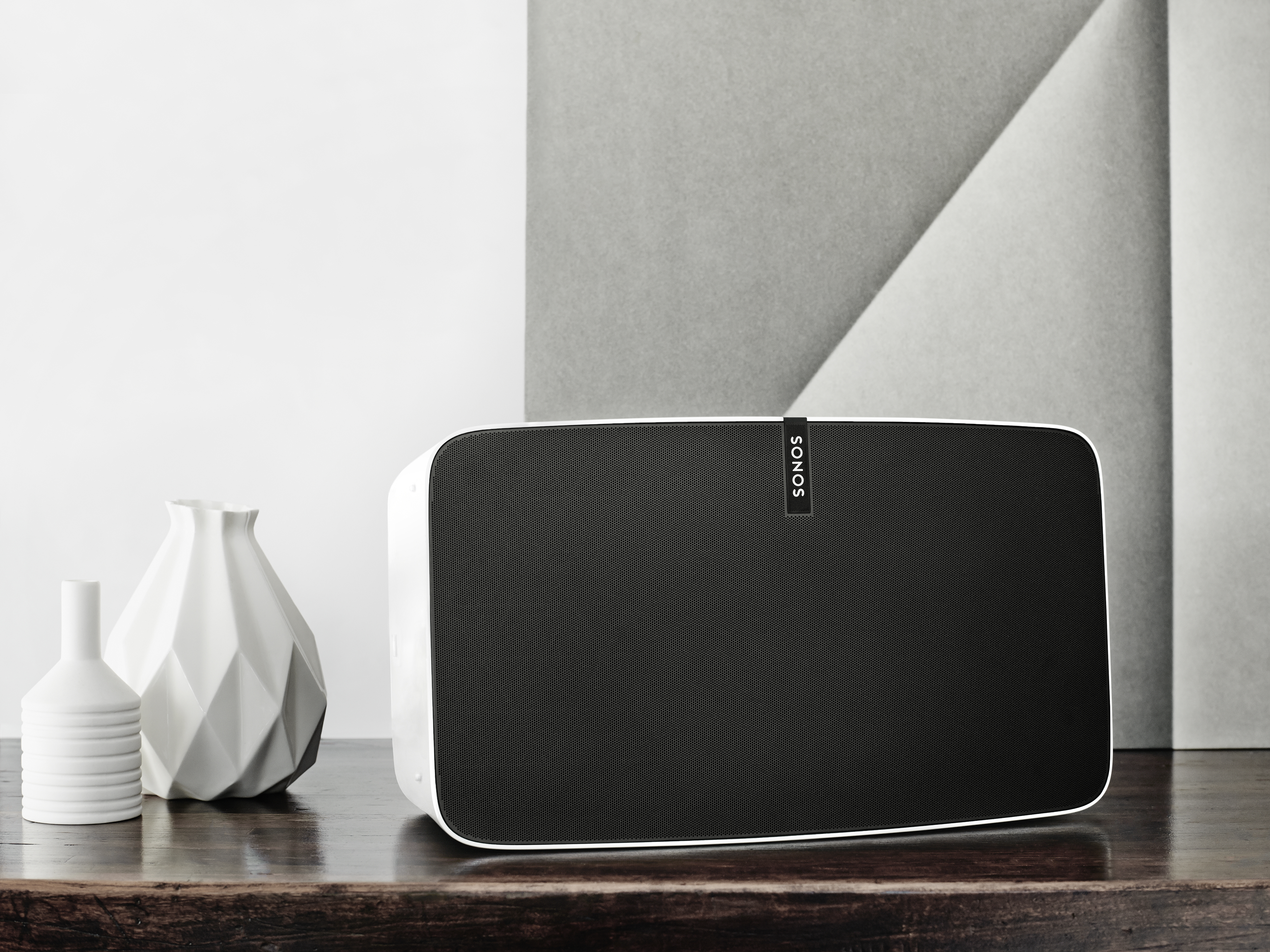 Sonos new white PLAY:5 on a table