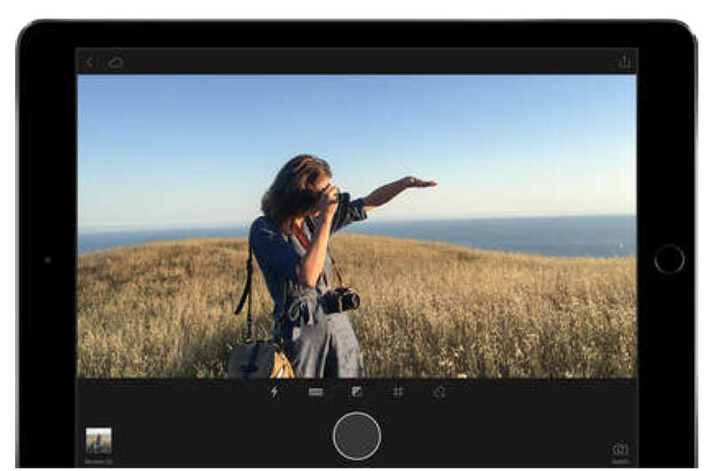 Lightroom gets cool new features, drops Creative Cloud requirement