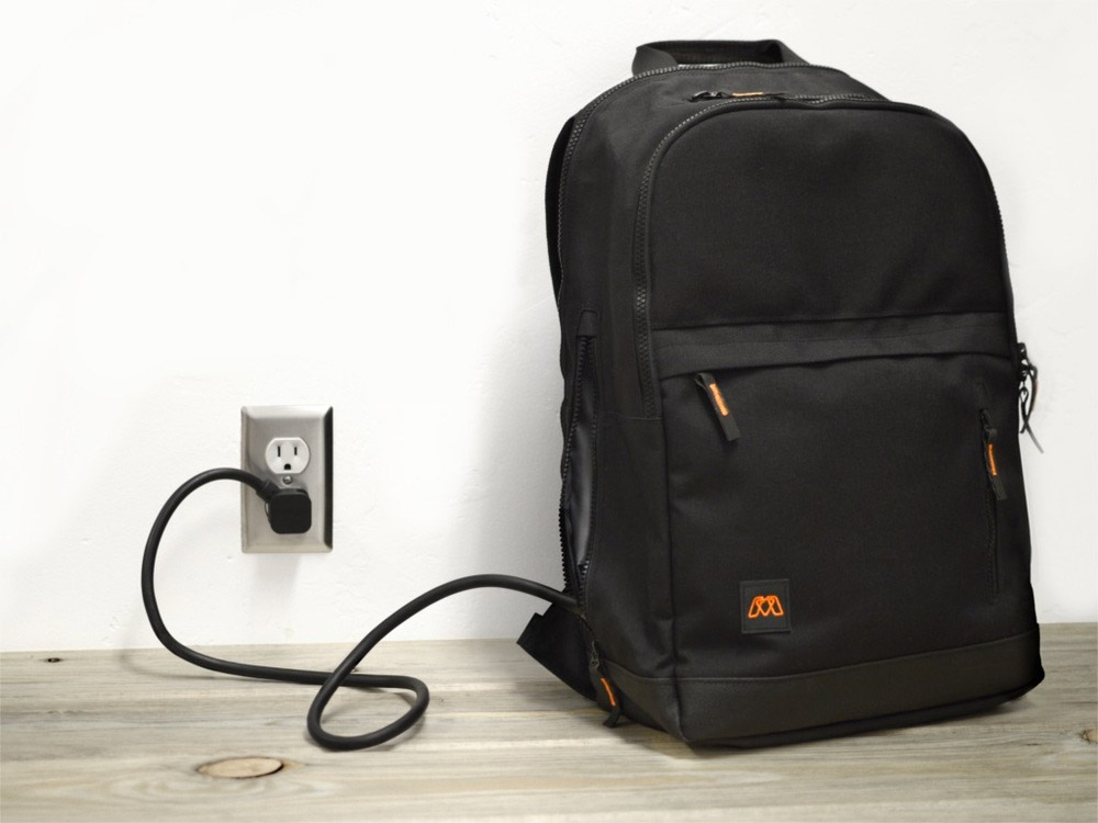 MOS Pack Backpack Charges Multiple Devices with One Plug