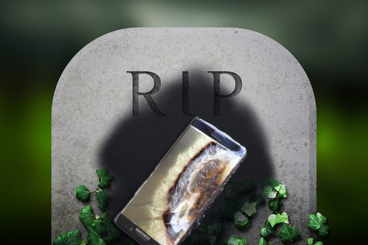 Burned Galaxy Note 7 on Tombstone