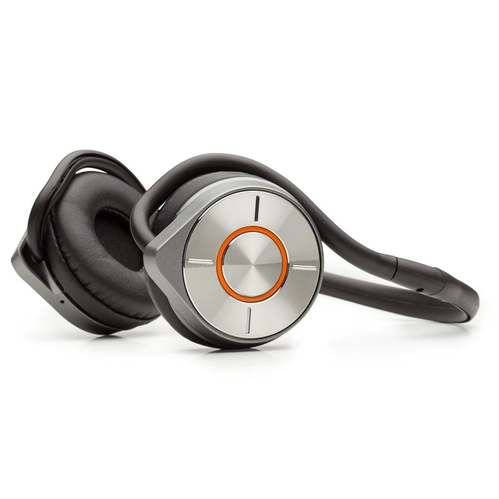 Kinivo BTH260 are water resistant on-the-ear earphones that won't break the bank.