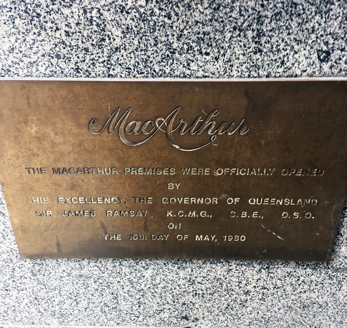 MacArthur Chambers Plaque outside Apple Brisbane