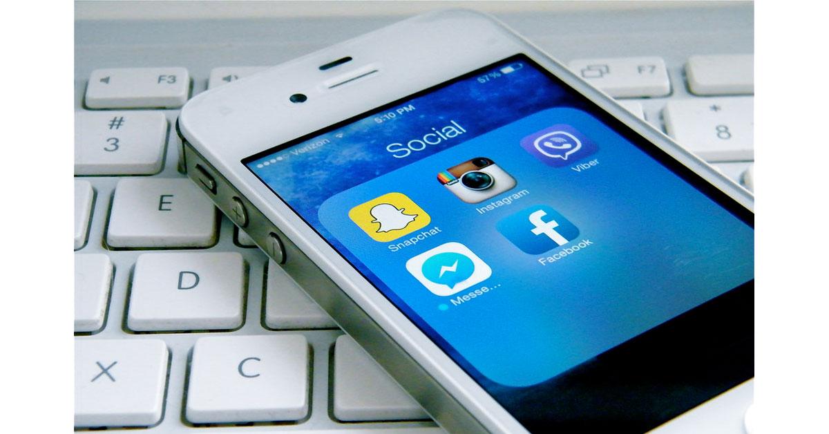 Brits Abandon TV News for Social Media