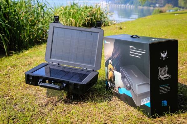 Renogy: Solar Panel, Hefty Battery, Lots of Ports in a Small Suitcase