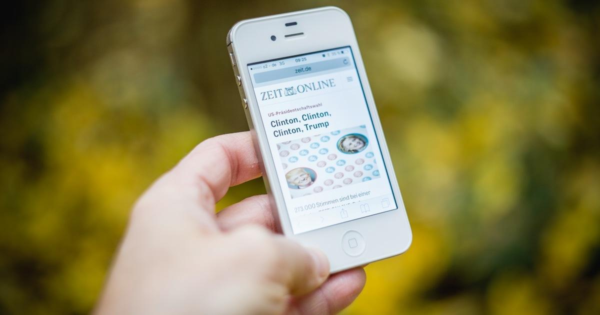 iOS Safari has a feed reader