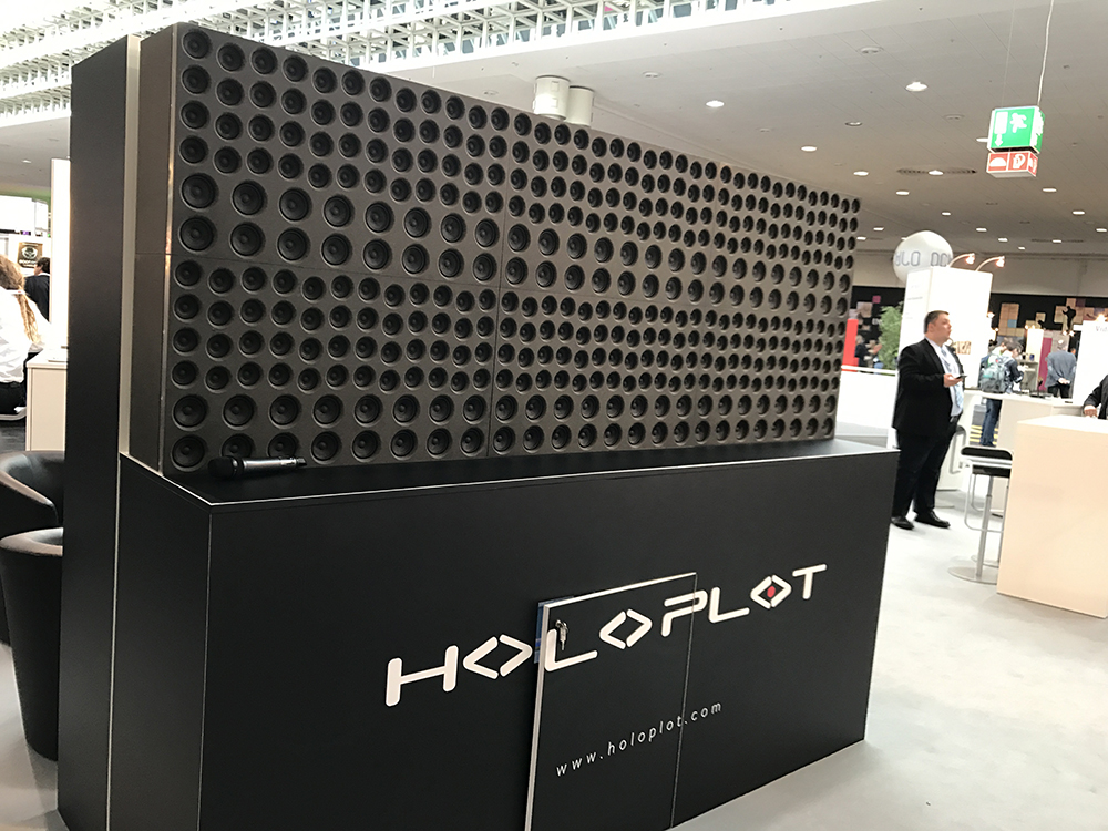 This Holoplot speaker array blasted audio in four languages to four different spots with near-perfect clarity.
