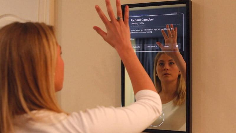 Woman using Daptly Display