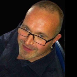 Jonny Evans of Background Mode