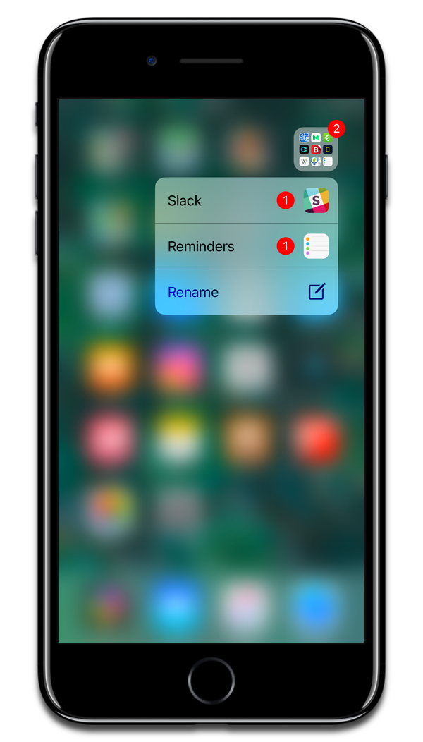 Screenshot showing how you can 3D Touch folders in iOS.