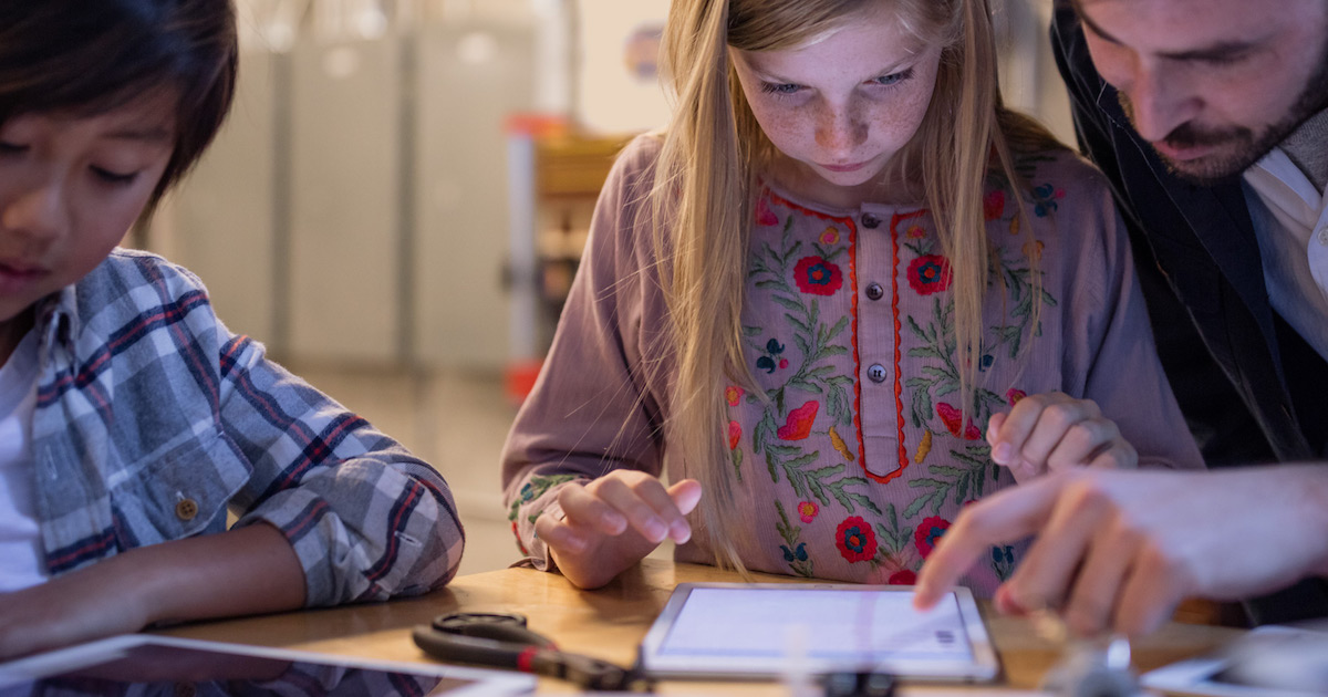 Microsoft Surface in Schools Aims at Google in Education with Apple Caught in the Crossfire