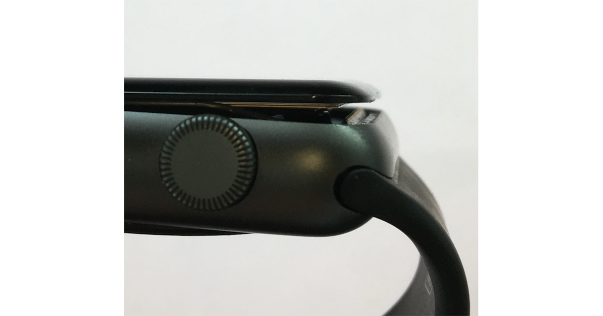 Swelling battery issue prompts Apple to extend 1st Apple Watch warranty to 3 years
