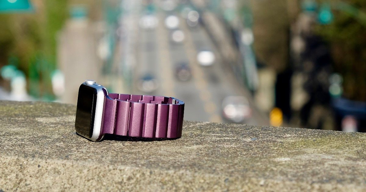 JUUK Ligero Apple Watch band in Plum