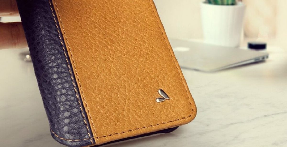 The Vaja Wallet Agenda LP Case for iPhone