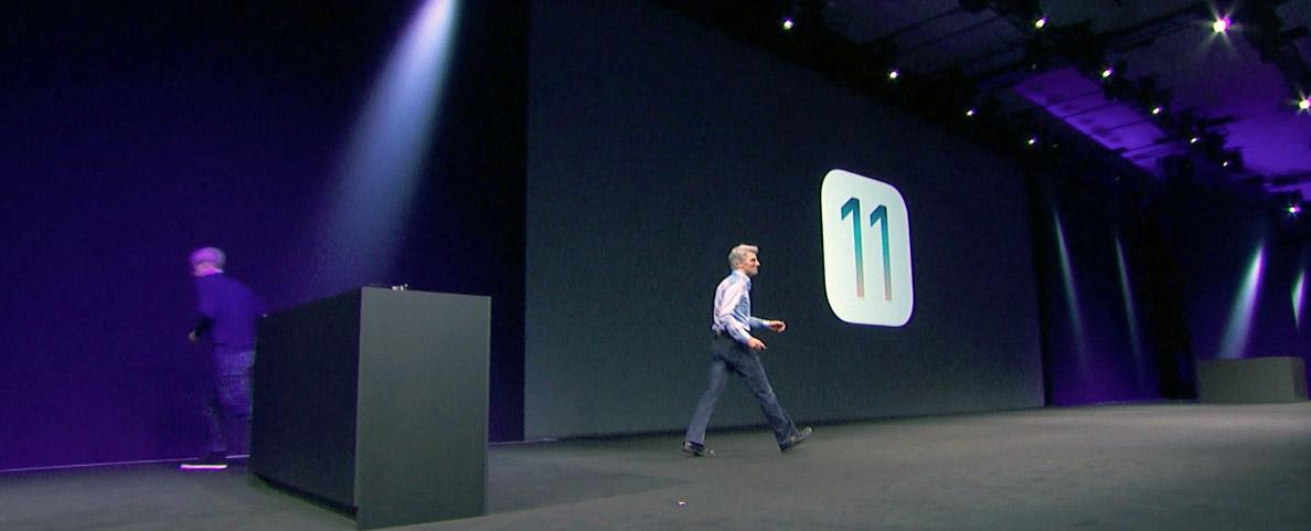 Craig Federighi demoing iOS 11 at WWDC