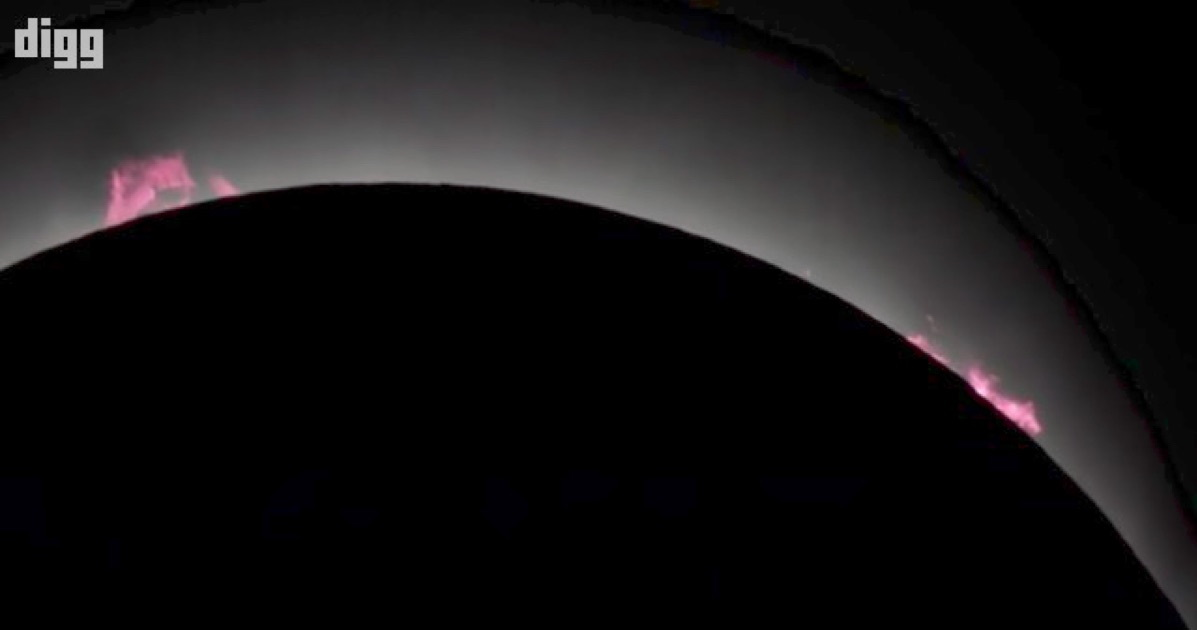 A Beautiful High-Definition Video of 21 August Solar Eclipse