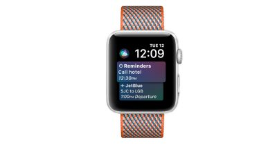 Apple Watch with watchOS 4 and Siri face