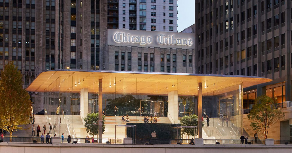 Apple Michigan Ave Front Entrance