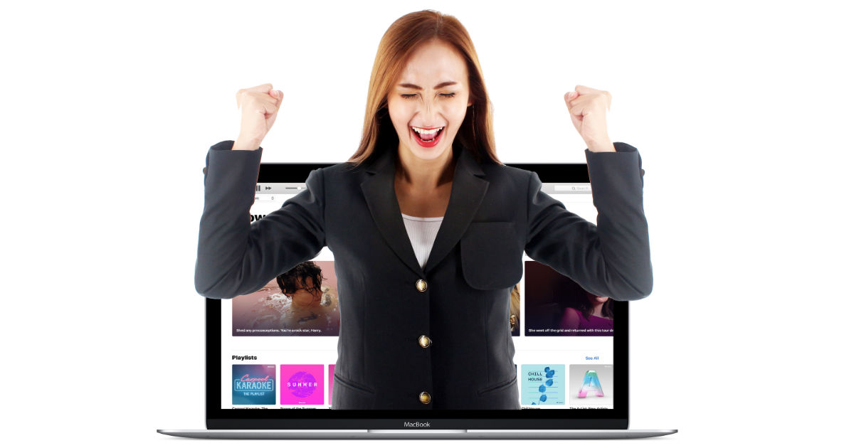 Woman happy with iTunes on the Mac