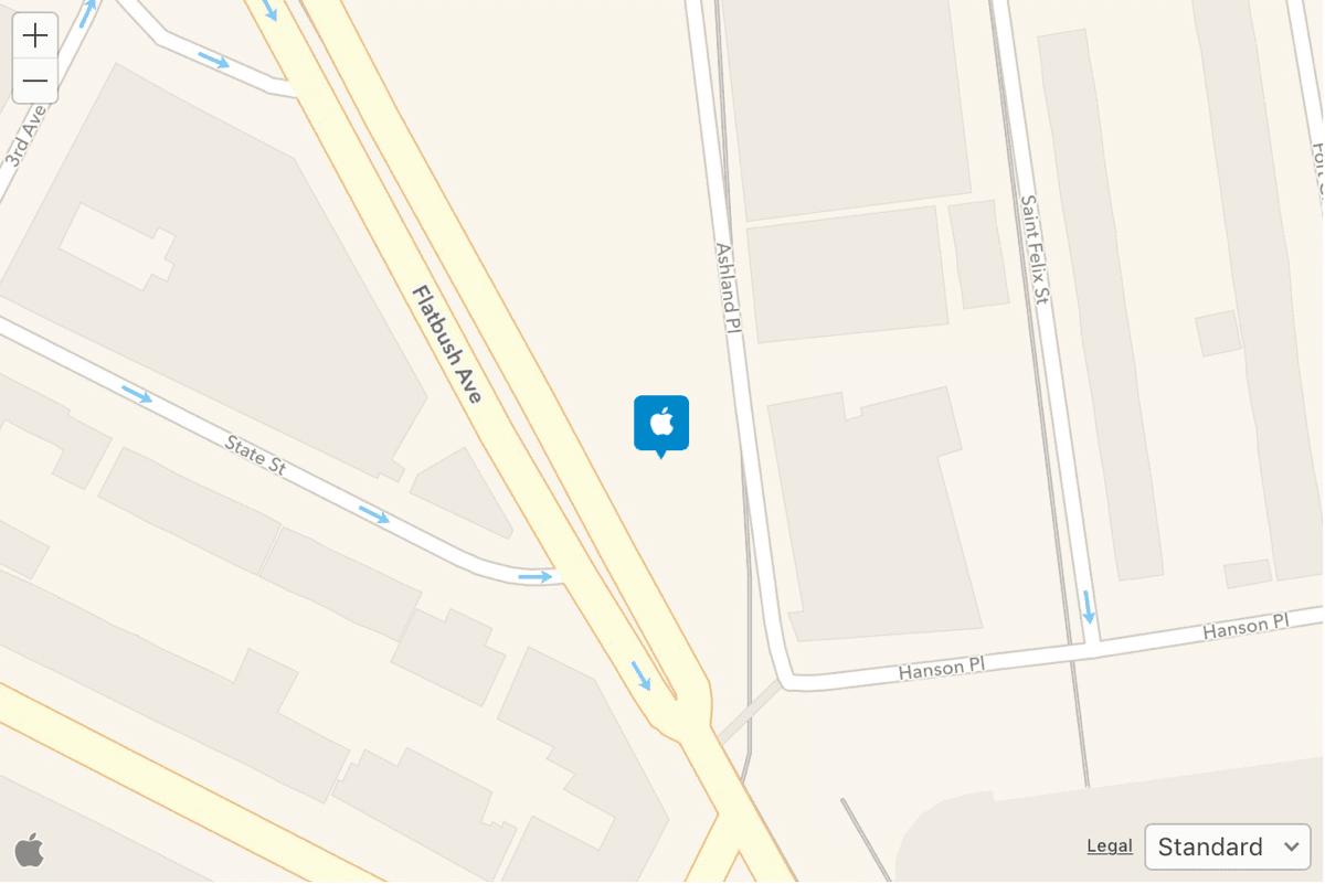 Location of Brooklyn Apple Store in Apple Maps.